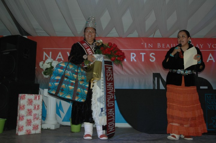 Miss Navajo Nation 2013-2014 Natasha Hardy-01