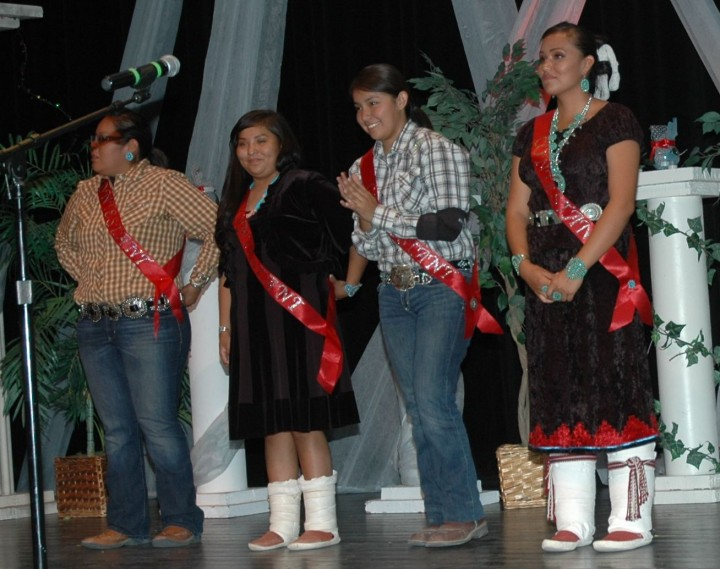 1-Miss Northern Navajo 2013 Contestants