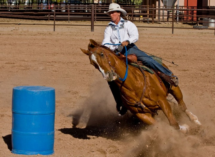 0-barrel-racing-5-720x525