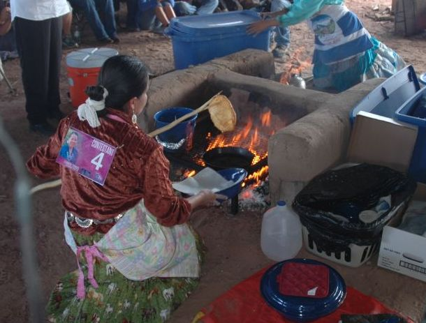 Miss Navajo-Frybread Contest
