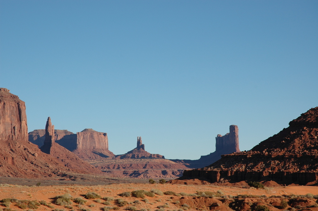 monument valley divorced singles Jeannie c riley's debut single sold over a million copies within ten days of being released but she never wanted to record the song she's often considered a one-hit wonder.